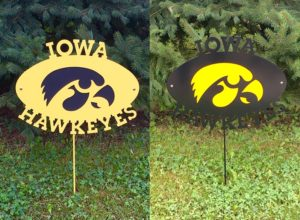 Tiger hawk yard stake